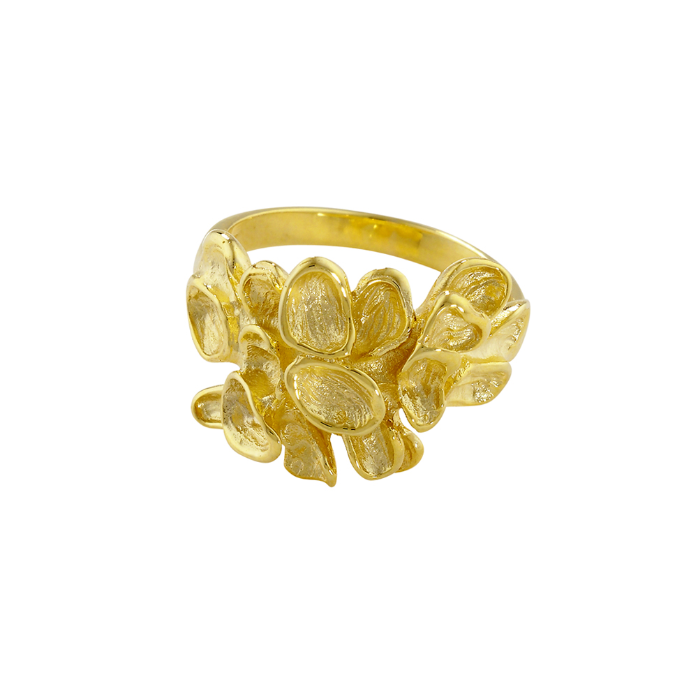 Yellow gold falling leaf cluster ring