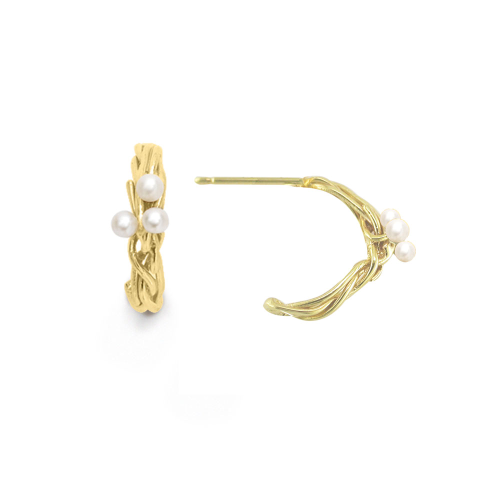 Cultured freshwater pearl hoop earrings yellow gold