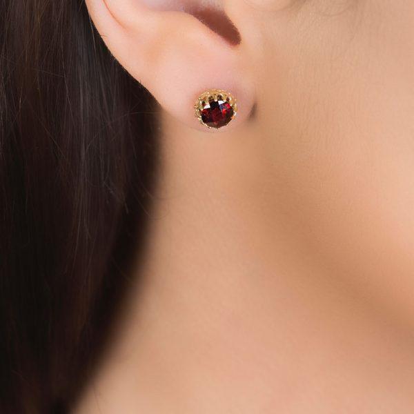 Yellow gold garnet coronation stud earrings