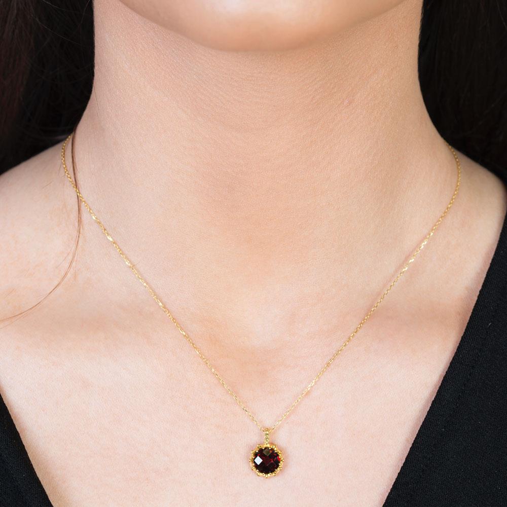Yellow Gold Chequer-cut Garnet Coronation Pendant
