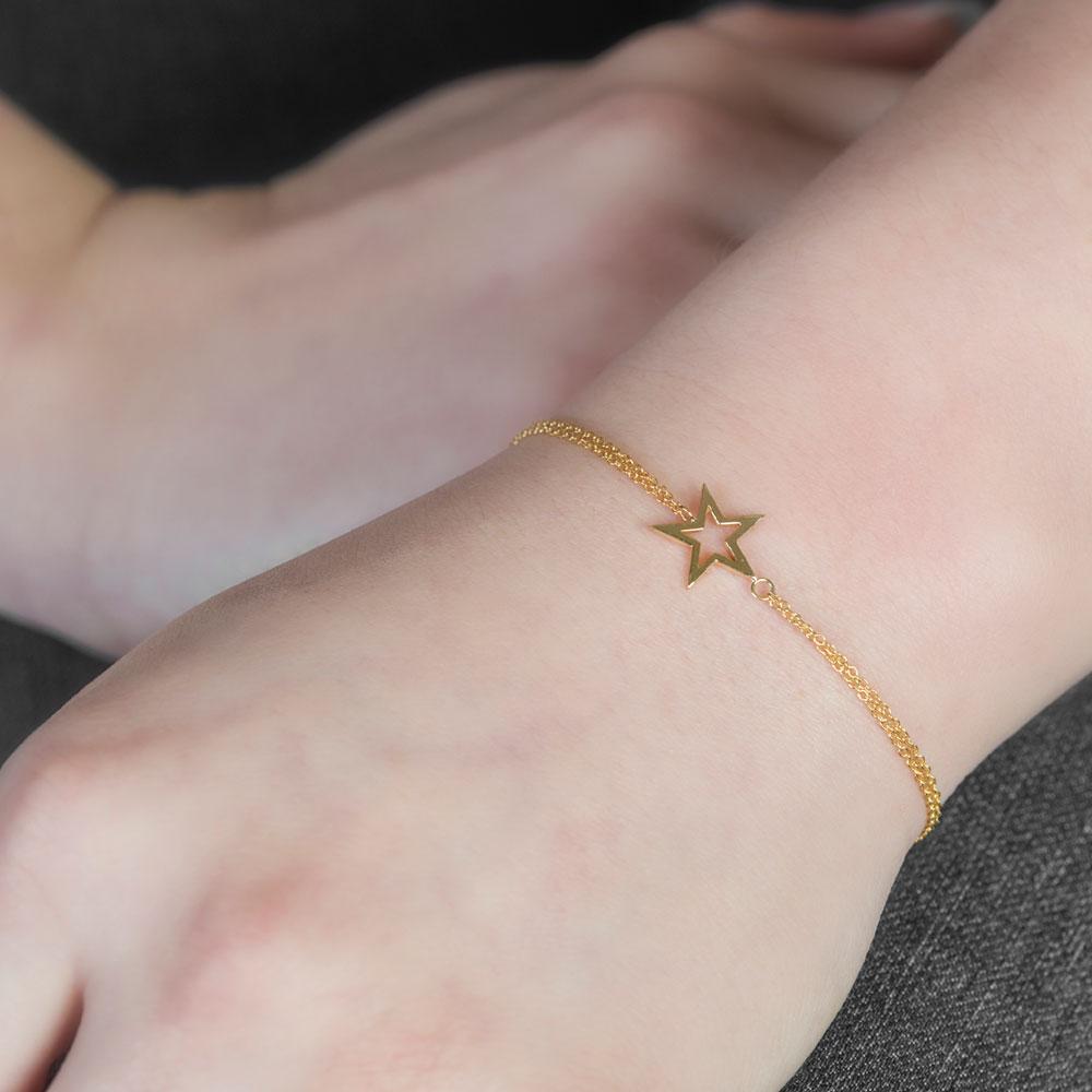 Yellow gold star bracelet