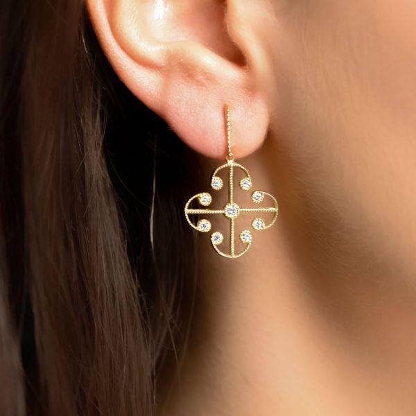 Yellow gold diamond Lattice drop earrings