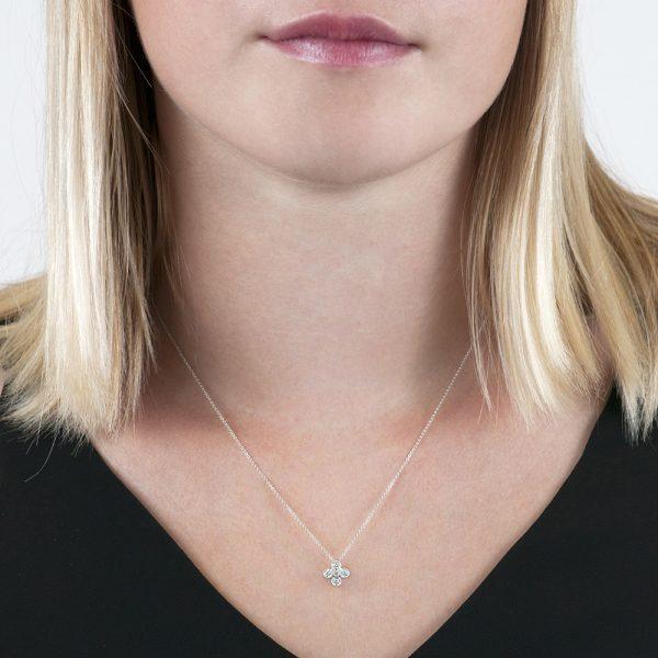 White gold diamond Retro pendant necklace