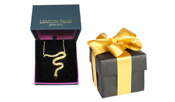 Yellow gold Kew serpent necklace in gift box