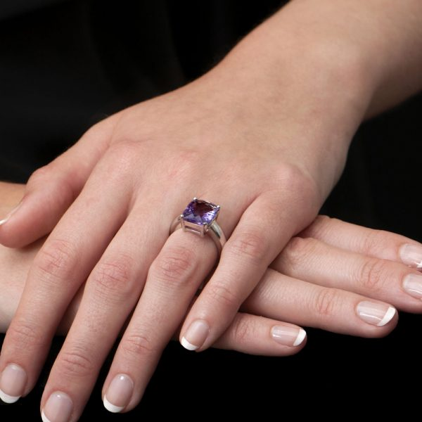 White Gold Cushion Amethyst Ring