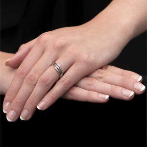 White Gold Diamond 3 Row Velvet Leaf Ring