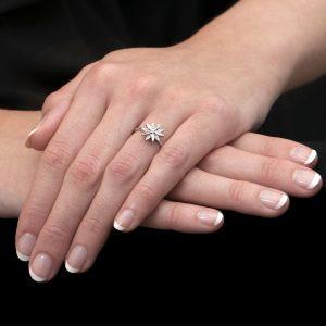 White Gold Diamond Velvet Leaf Cluster Ring