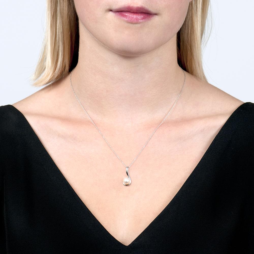 White Gold Swirl Pearl Pendant