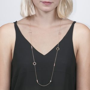 Yellow gold culteured freshwater pearl and disc necklace