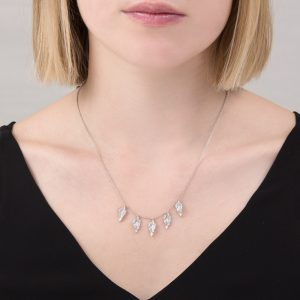 Silver Kew leaf necklace