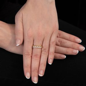 Yellow gold cultured freshwater pearl bar ring